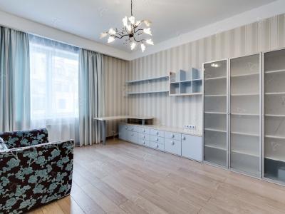 Аренда квартиры 140 м2 Крестовский пр., д.15