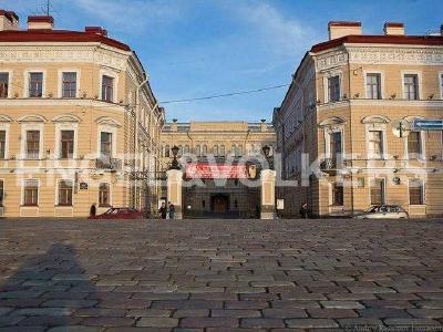 Продажа квартиры в старом фонде 60 м2 Реки Мойки наб., д.24