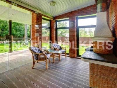 Продажа дома/коттеджи 220 м2 Песочный, Ключевая, 58
