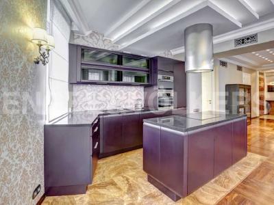 Продажа квартиры 134 м2 Тверская ул., д.1А