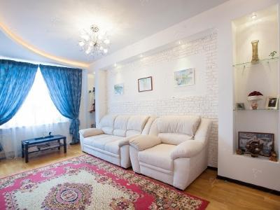 Аренда квартиры бизнес-класса 70 м2 Яхтенная ул., д.3