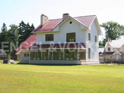 Продажа дома/коттеджи 246 м2 Репино, Вокзальная ул., д.2