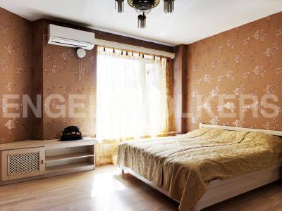 Продажа квартиры 145 м2 Б. Сампсониевский пр., д.4