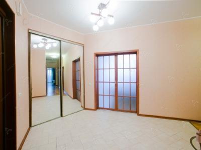 Аренда квартиры бизнес-класса 150 м2 Республиканская ул., д.6