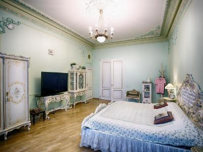 Продажа квартиры 200 м2 Кавалергардская ул., д.2
