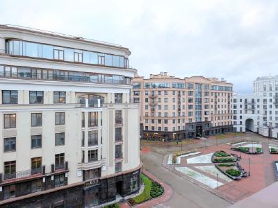 Продажа квартиры 130 м2 Парадная ул., д.3к2