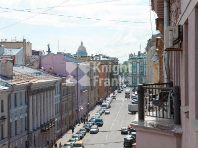 Продажа квартиры в старом фонде 154 м2 Миллионная ул., д.25