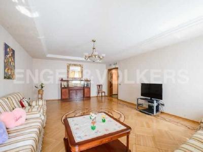 Продажа квартиры 125 м2 Итальянская ул., д.4