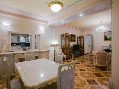 Аренда квартиры 170 м2 Б. Конюшенная ул., д.13