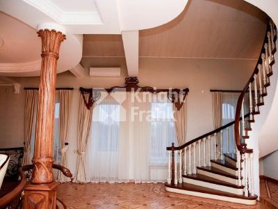 Продажа квартиры 256 м2 Мартынова наб., д.16