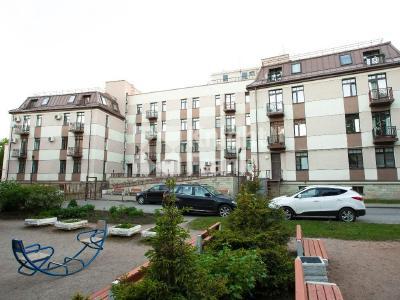 Продажа квартиры бизнес-класса 85 м2 Павловск, Слуцкая ул., д.14
