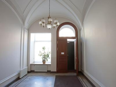 Продажа квартиры 275.4 м2 М. Конюшенная ул., д.7