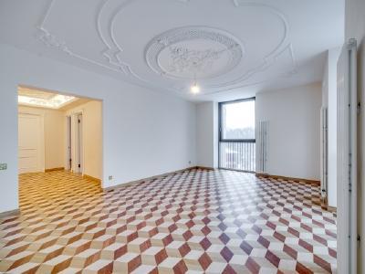 Продажа квартиры 160 м2 Орловская ул., д.1