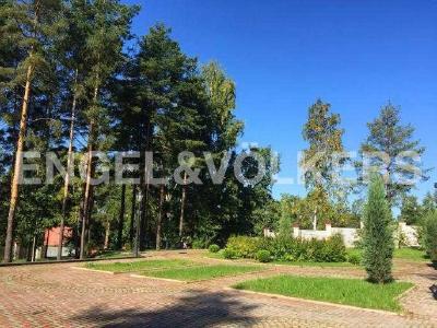 Продажа дома/коттеджи 642 м2 Воейково