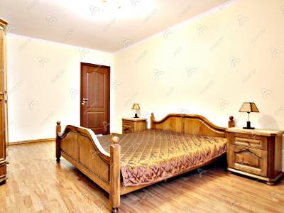 Аренда квартиры бизнес-класса 74 м2 Кораблестроителей ул., д.12