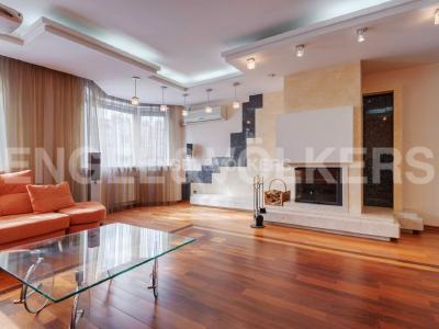 Продажа дома/коттеджи 307 м2 Тбилисская ул., д.22