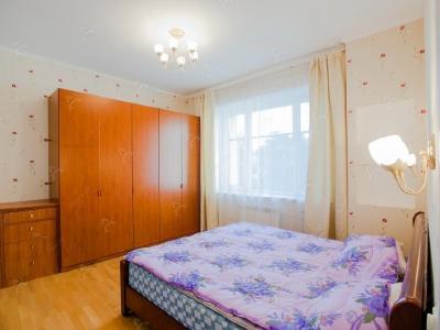 Аренда квартиры в старом фонде 92 м2 8-я Советская ул., д.54