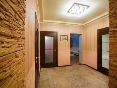 Аренда квартиры бизнес-класса 95 м2 Ветеранов пр., д.52