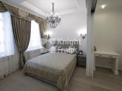Продажа квартиры 120 м2 Парадная ул., д.3