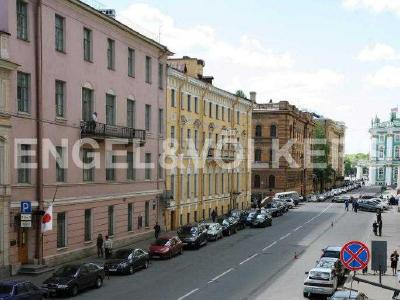 Продажа квартиры в старом фонде 61 м2 Миллионная ул., д.28