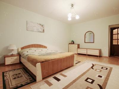 Аренда квартиры в старом фонде 90 м2 Реки Фонтанки наб., д.58