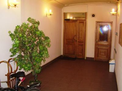Продажа квартиры в старом фонде 160 м2 Фурштатская ул., д.14