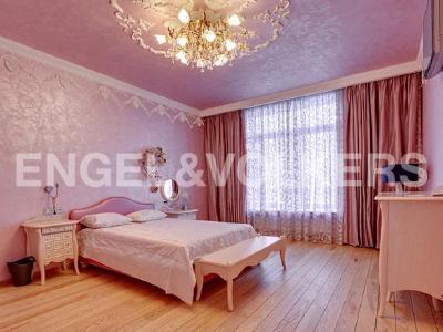 Продажа квартиры 279 м2 Вязовая ул., д.10