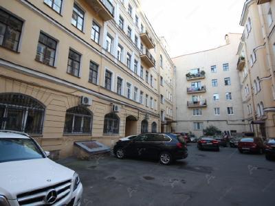 Аренда квартиры 105 м2 Декабристов ул., д.18