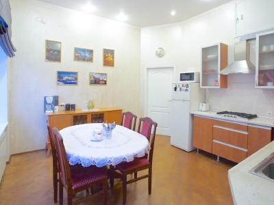 Продажа квартиры 217.8 м2 М. Конюшенная ул., д.7
