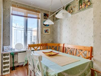 Аренда квартиры 120 м2 Невский пр., д.135