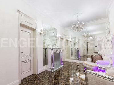 Продажа квартиры 195 м2 Аптекарская наб., д.6