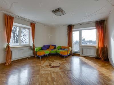 Аренда квартиры 80 м2 Троицкая пл.  П. С., д. 1