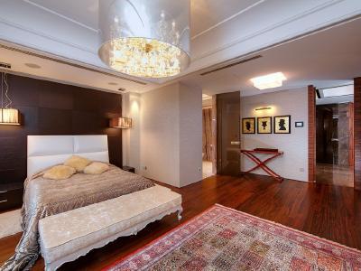 Продажа квартиры 450 м2 Южная дор., д.5