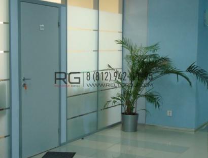Аренда  офисного помещения Гельсингфорсская ул., 238 м2